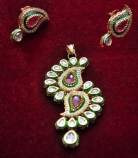 Buy Traditional Indian Jewellery Online