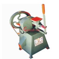 Turmeric grinding machinery Suppliers maavumill.in
