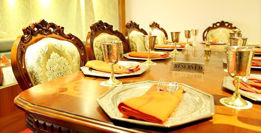 Best Buffet & Non-veg Restaurant in Magarpatta