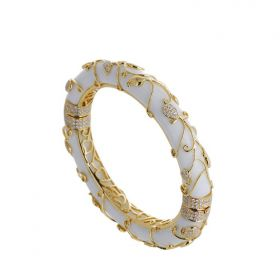 Pretty Paisley White Agate and Yellow Gold Bangle