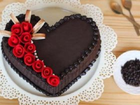 1 Kg Heartshape Chocoalte Cake