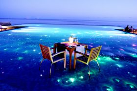 MALDIVES TRAVEL HOLIDAYS