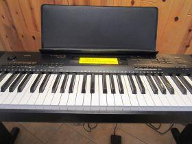 Keyboard Music Classes | Genesis Music Hub Surat